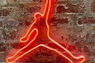 Basketball-player-neon-art 2